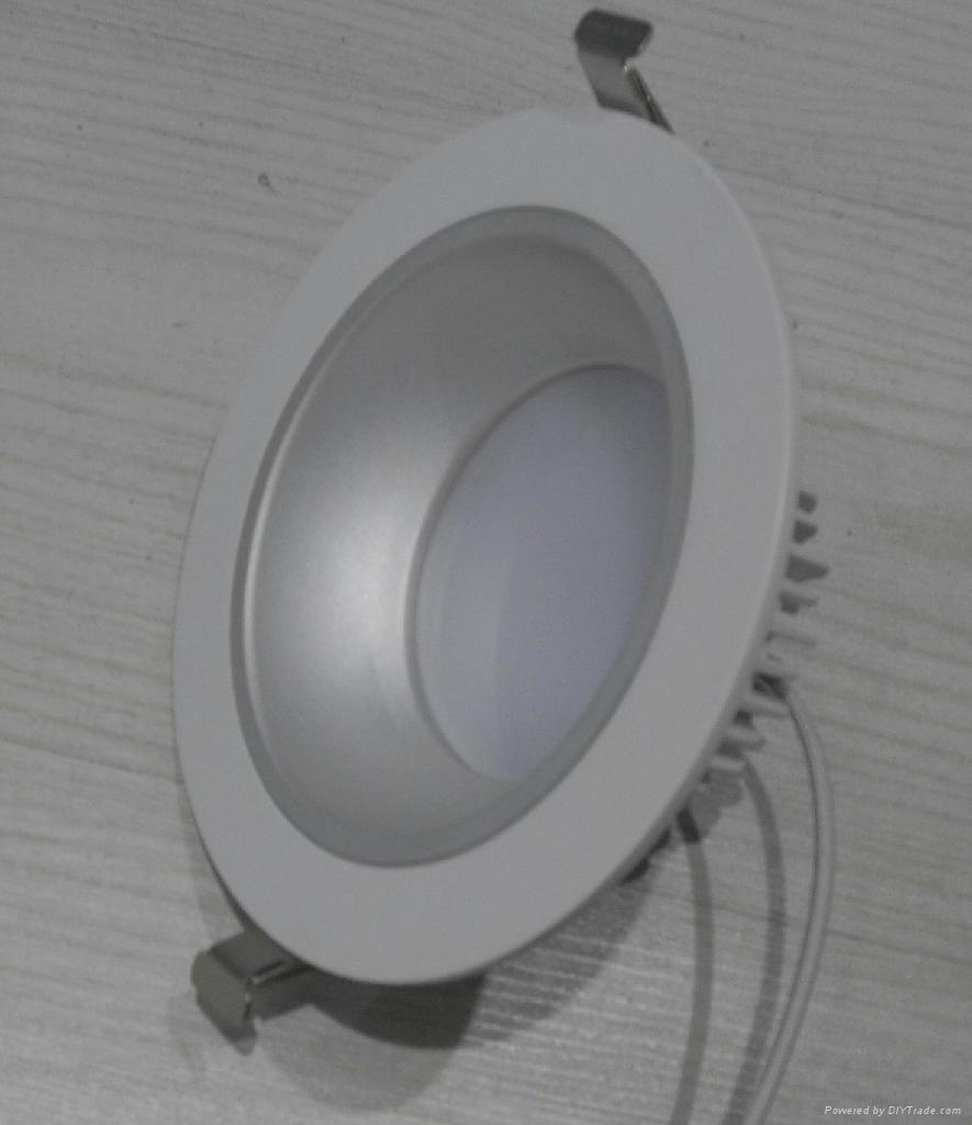 調光LED筒燈 1
