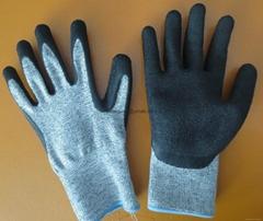 Dyneema cut-resistance level-5 work gloves