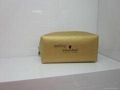 施華蔻金色化妝包