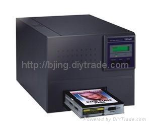 XID8300再转印证卡打印机 3