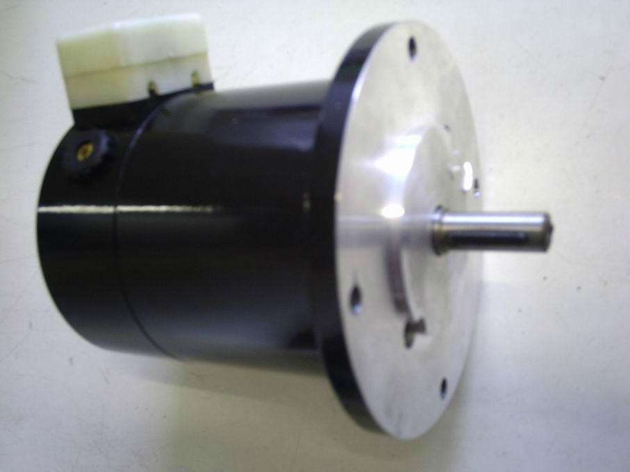 85CF永磁式直流測速發電機 5