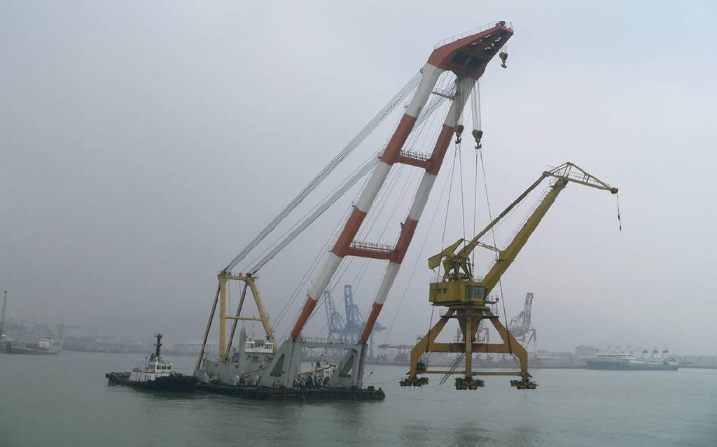 cheap floating crane sheerleg crane barge revo  ing floating crane 4