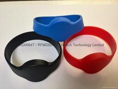 RFID silicone wristband RFWD0064T / RFWD0072T