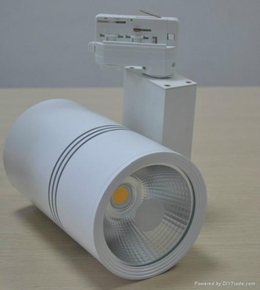 30W COB LED track light Sharp or Epistar Chip made by Okledlights  2
