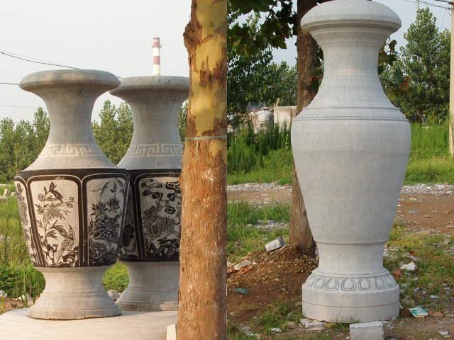 石雕宝瓶 2
