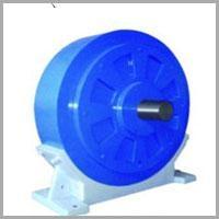 機座式磁粉制動器