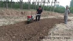 果园开沟施肥