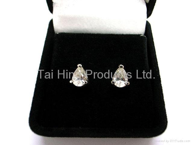 TJ-1002 - CZ Earrings Gift Set 1