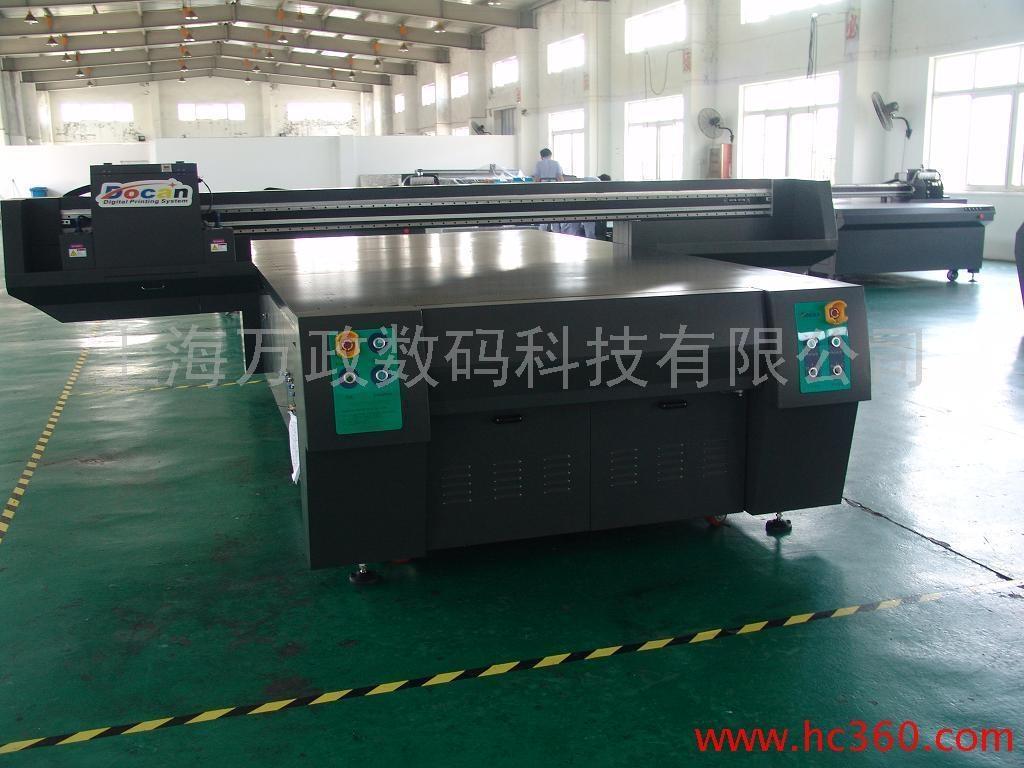 大型UV平板喷绘机 4