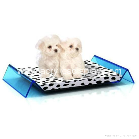 luxury plastic resin acrylic pet bed