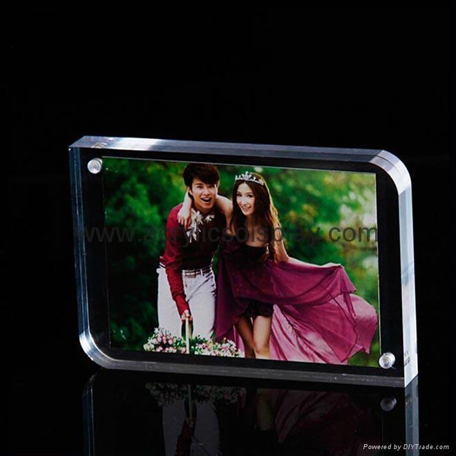 perspex plexiglass picture frame