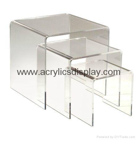 plexiglass riser step display