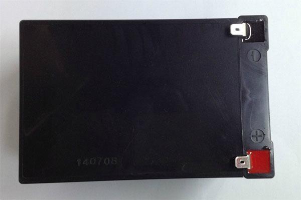 12V12AH蓄电池 1
