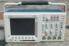 出售美國泰克TDS3034/B數字示波器