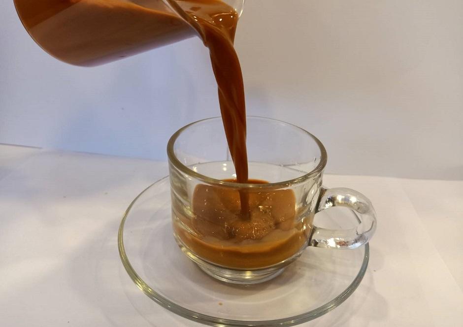 Instant Thai Tea Mix Powder Drinks 1