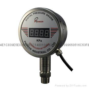 PIONEER高精度100mm遠程數顯壓力表 1