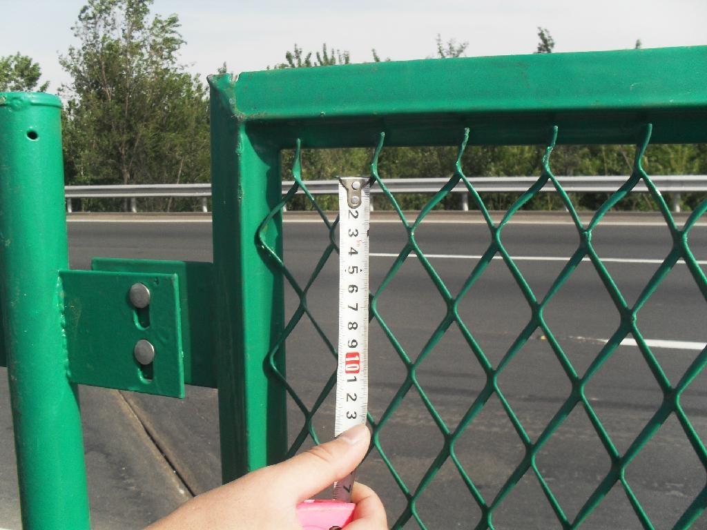 防眩网 公路防眩网  钢板网护栏网 4