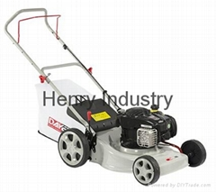 "18"" lawn mower with B&S engine 500E"