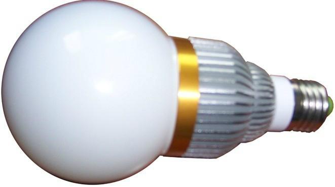 LED球泡灯12W  1