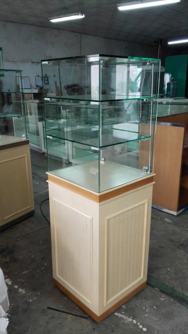中纖板烤漆精品展櫃 2