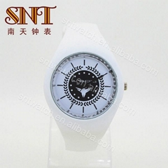 Silicone watch quartz watch with slilicone band