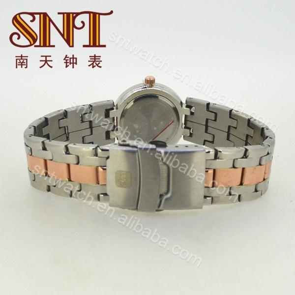 高质量女士手表 6