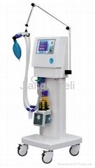 ICU ventilator with  5.7 high-definition LCD display