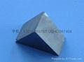 三角形黑色磁石