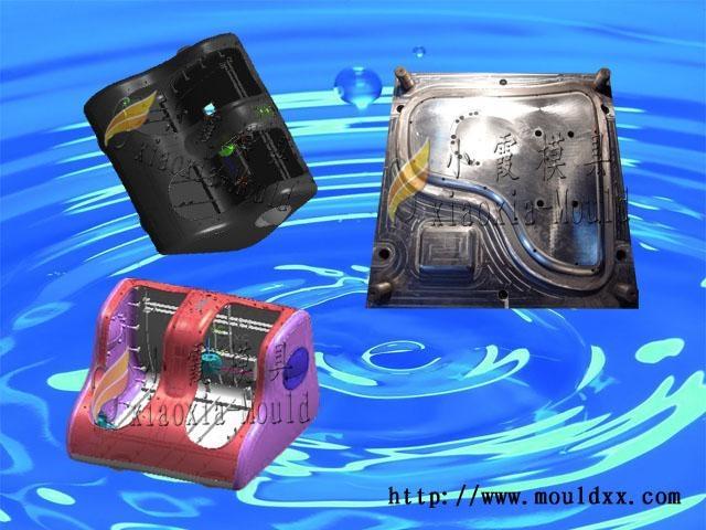 加工美腿機配件塑料模具 3