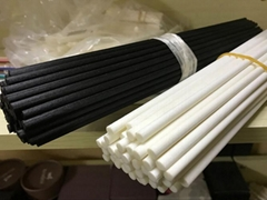 black/white fiber sticks
