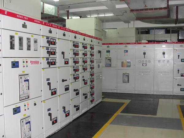发电机并机柜安装、调试、维修保养服务 1