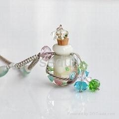 意大利琉璃精油瓶項鏈水中花白色系列
