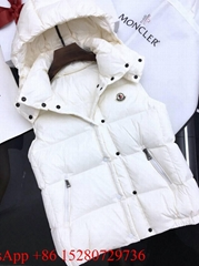 Moncler Ghany Padded Gilet in white Moncler Down Vest with hoody Authentic quali