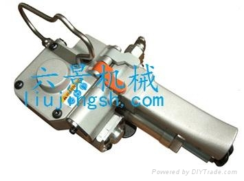 XQD-19气动免扣式打包机 1