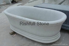 white marble bathroom bathtub