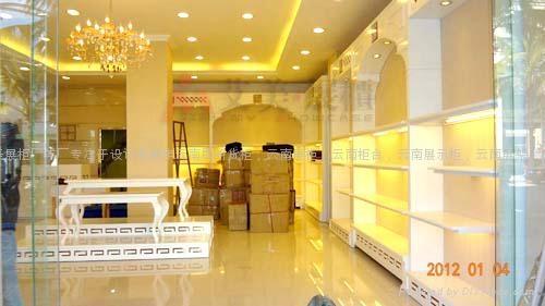 雲南昆明鞋店展櫃 1
