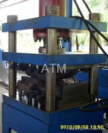 Traffic Guard Rail Fish Tail Hydraulic Press Machine 2