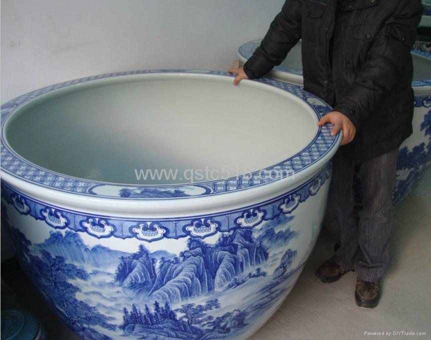 陶瓷大鱼缸 1