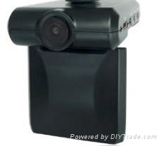 支持64GHDMI口720P广角120度行车记录仪