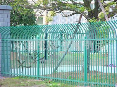 圍牆柵欄 4