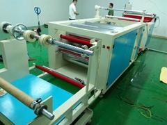 全自动PET塑料片卷材分切机