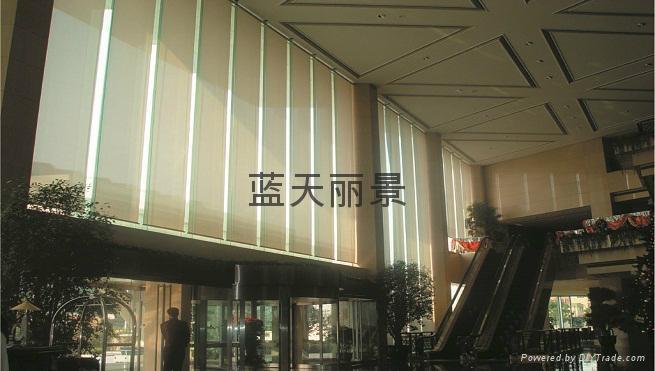 办公楼大堂电动卷帘 1