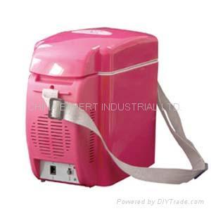 7-Liter Mini Fridge( cooler & warmer ) 3
