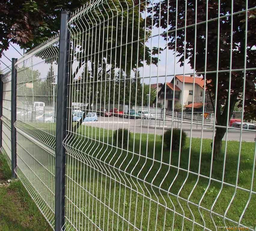 小区围栏丨钢丝围网 1