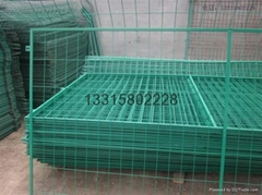 焊接网隔离栅丨隔离护栏网