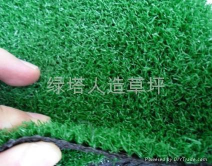 屋顶装饰人造草坪 3