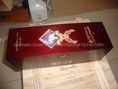 Wooden box wine