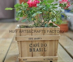 Square shape wooden flower planter box