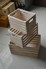 Set of 3 square wood crates