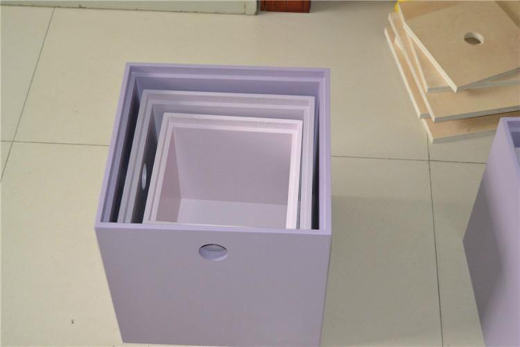 Fashionable collection box 4